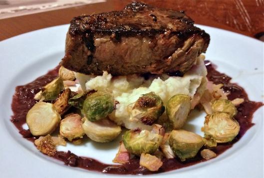 Serloin Steak with Red Wine Sauce